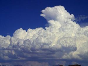 Nube de tormenta cumulonimbo