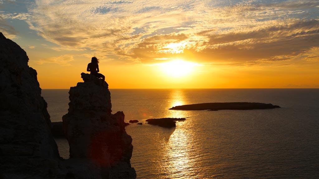 Menorca bello atardecer en Cabo Cavalleria