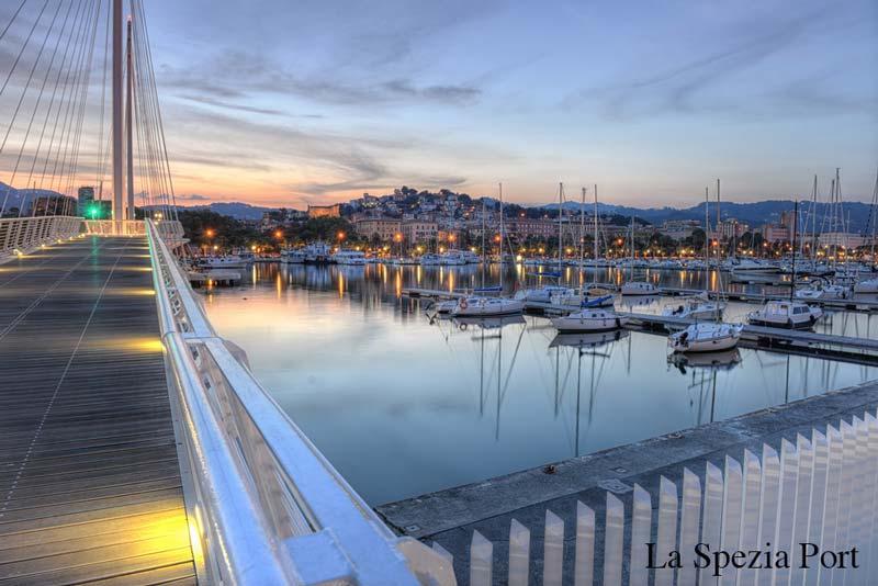 Puerto de La Spezia, Italia