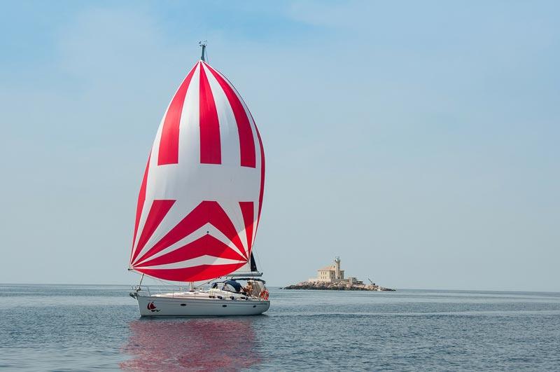 Navegar con viento flojo