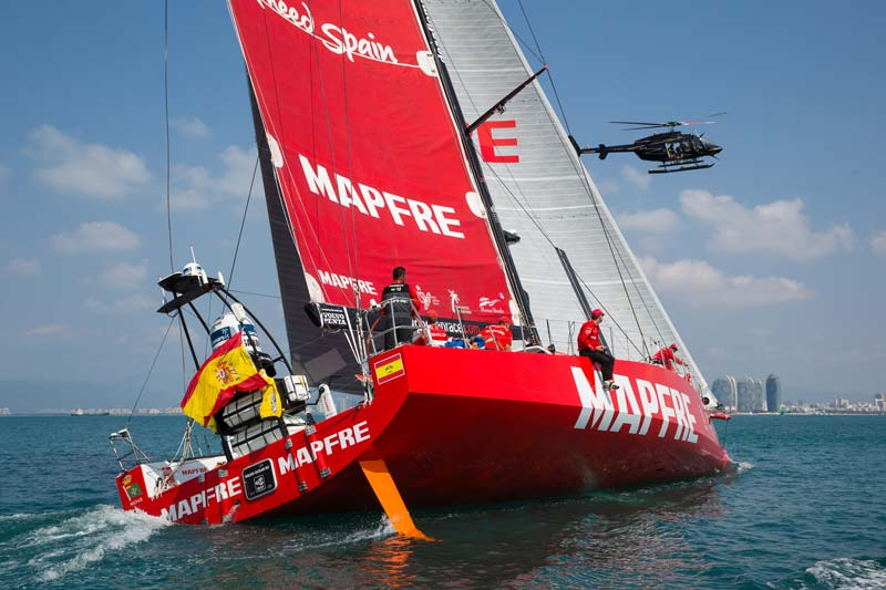 El equipo Mapfre en su llegada a China