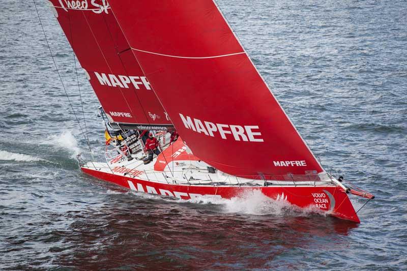 El Mapfre lidera la etapa