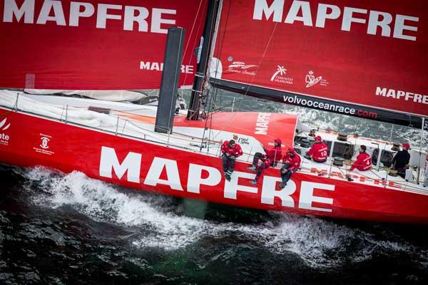 El equipo Mapfre lidera la sexta etapa
