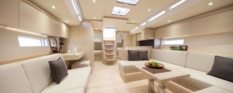 Solaris 50 salón interior